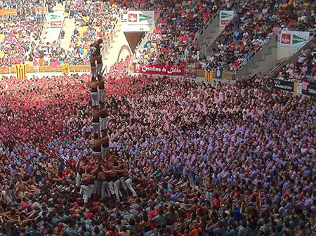 Dos de vuit amb folre descarregat al Concurs de Castells de Tarragona el 2012