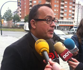 L'advocat de Manté, David Rocamora, abans d'entrar al jutjat.