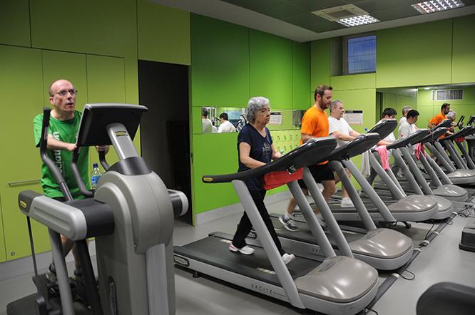 Un dels espais del gimnàs que hi ha al Pavelló Olímpic Municipal.