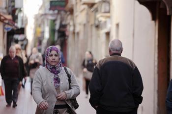 La cultura musulmana és mol present al carrer.