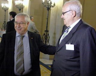Lluís Miquel Pérez i Josep Prat, s'han trobat al Parlament aquesta tarda.