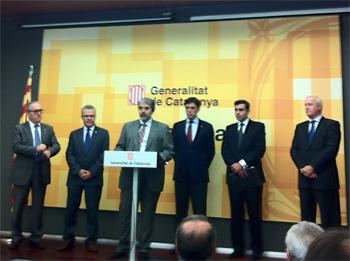 Josep Poblet, Pere Granados, Quim Nin, Lluís Recorder, Xavier Adserà i Lluís Rullán, durant la presentació a Tarragona