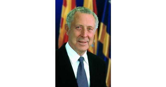 Imatge oficial de quan Esteve Ferran era alcalde de Salou.