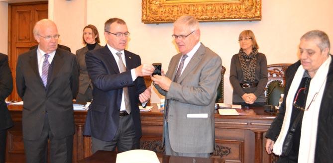 Carles Pellicer i Pere Pagès, en el Ple celebrat divendres passat.