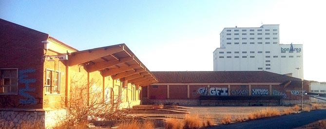 Antigues naus de la Comarcal que acolliran el projecte de Guissona